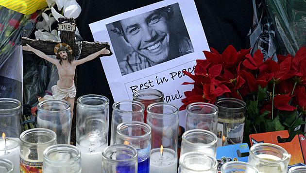 Polizei rekonstruiert Paul Walkers letzte Minuten (Bild: AP)
