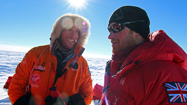 Prinz Harry ist am Südpol angekommen (Bild: EPA)