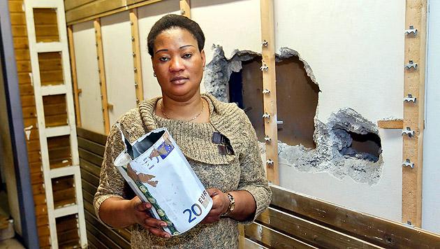 Nach Einbruch in Afro-Shop: Besitzerin verzweifelt (Bild: Markus Tschepp)