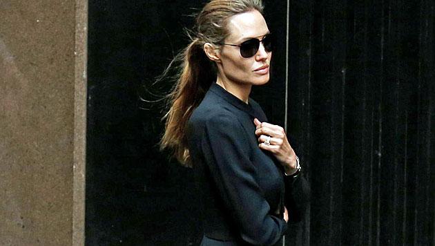 Auf 42 Kilo abgemagerte Jolie am Set kollabiert (Bild: AP)