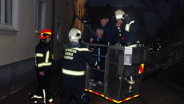 Nachbar rettet 90-Jährigen in NÖ vor Flammentod (Bild: Lukas Derkits /Pressestelle BFK Mödling)