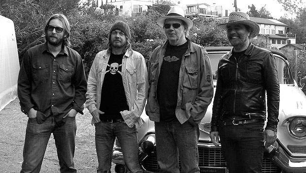 Neil Young & Crazy Horse kommen nach Wien (Bild: Warner Music)