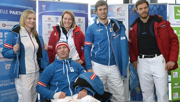 ÖOC-Team fährt in Blau-Weiß nach Sotschi (Bild: APA/ROBERT PARIGGER)