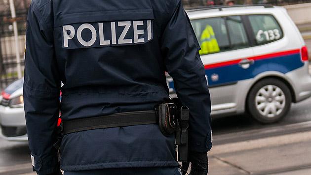 Graz: Polizisten von rabiater Gruppe attackiert (Bild: Andreas Graf (Symbolbild))