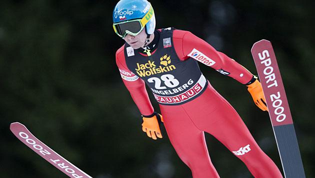 Pole Ziobro gewinnt Springen in Engelberg (Bild: EPA)