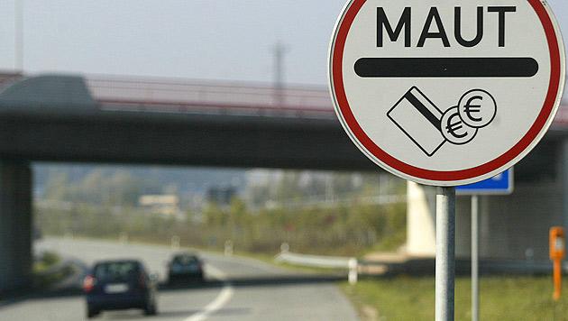 """FPÖ will """"Ausländer-Pkw-Maut"""" auch in Österreich (Bild: dapd)"""