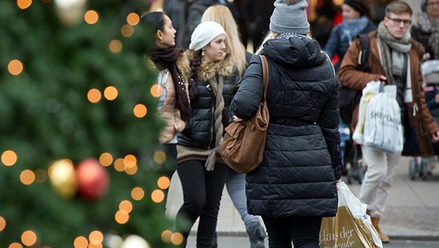 """""""Potenzial nach oben"""" bei Weihnachtsgeschäft (Bild: APA/dpa/Bernd Von Jutrczenka)"""