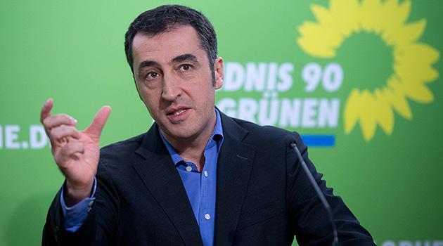 Cem Özdemir (Bild: dpa/Maurizio Gambarini)