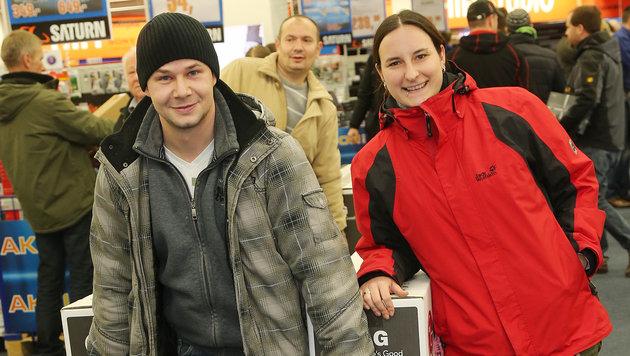 Schnäppchenjäger stürmten Einkaufszentren (Bild: Peter Tomschi)