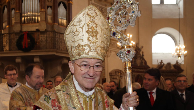 Erzbischof Kothgasser mit Messe verabschiedet (Bild: APA/FRANZ NEUMAYR)