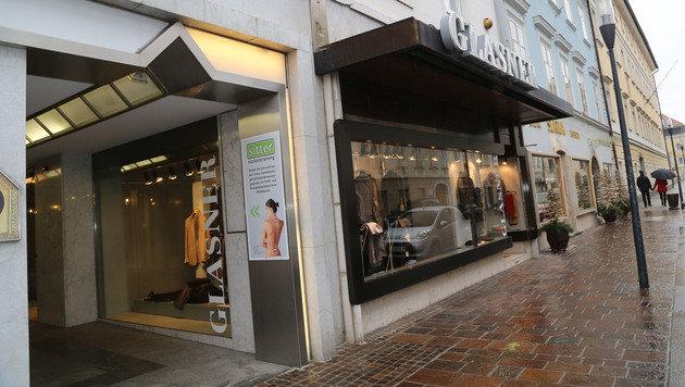 Boutiquen-Bande plündert Geschäft in Klagenfurt (Bild: Uta Rojsek-Wiedergut)