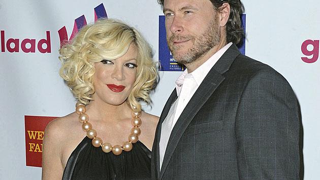 Die Schauspielerin und ihr Ehemann Dean McDermott sorgten mit einer Ehekrise für Schlagzeilen. (Bild: AP)