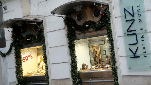 Wiener Nobel-Juwelier auf offener Straße beraubt (Bild: Peter Tomschi)