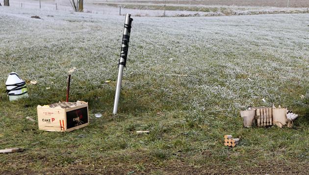NÖ: Knallkörper detoniert verzögert - Mann getötet (Bild: APA/DANIEL SCHARINGER)