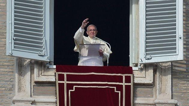 "Papst Franziskus fordert ""Kraft, Mut und Hoffnung"" (Bild: AFP)"