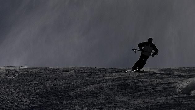 Sbg: Niederländer (18) stirbt bei Skiabfahrt (Bild: APA/Hans Klaus Techt, krone.at-Grafik)