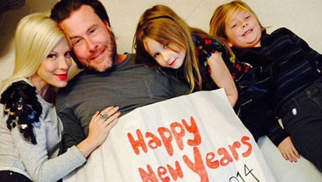 Tori Spelling: Familienfoto gegen Krisengerüchte (Bild: Tori Spelling)