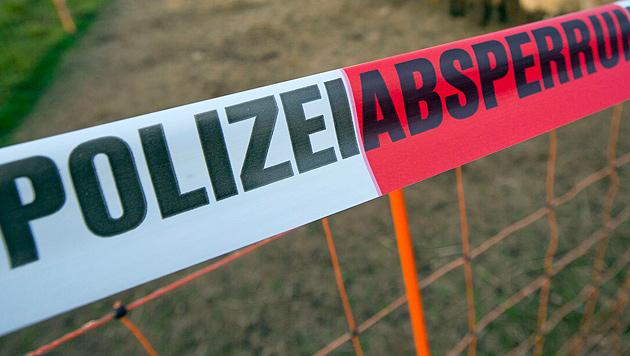 Entdeckter Leichenteil gehört vermisstem Wanderer (Bild: APA/dpa/Frank Rumpenhorst)