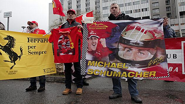 Michael Schumacher ist wieder zu Hause (Bild: AP)