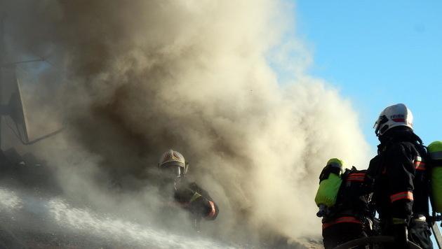Pflegebedürftige Frau stirbt bei Hausbrand in Wien (Bild: MA 68 Lichtbildstelle)