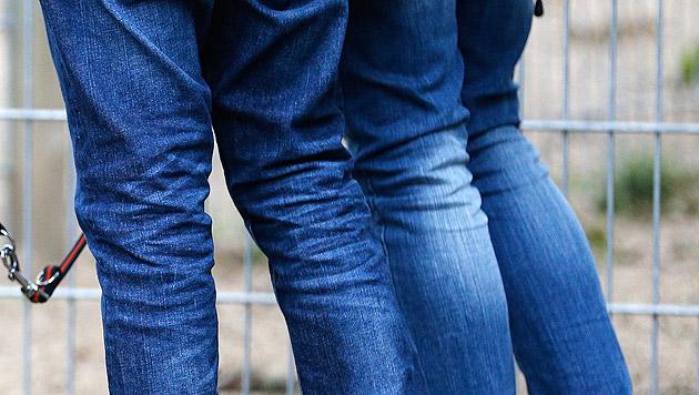 Österreicher entwickelte neue Jeans-Bleich-Methode (Bild: dpa/Axel Heimken (Symbolbild))