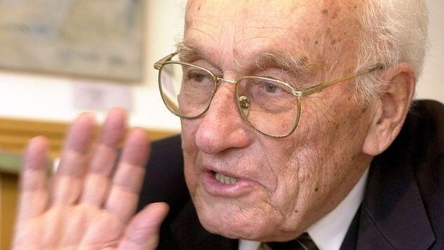 Ex-Handelsminister Staribacher (92) gestorben (Bild: APA/Schlager Roland)