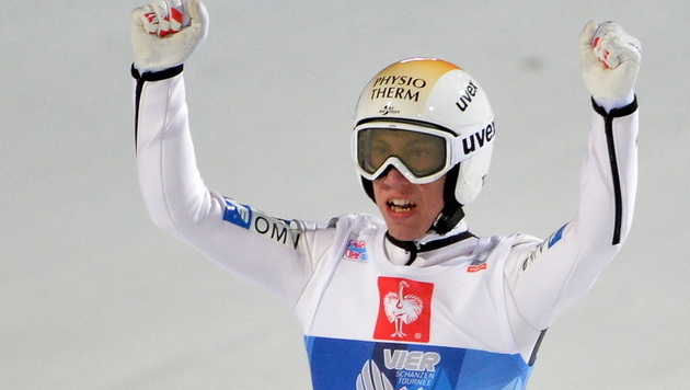 Thomas Diethart gewinnt die Vierschanzen-Tournee (Bild: EPA)