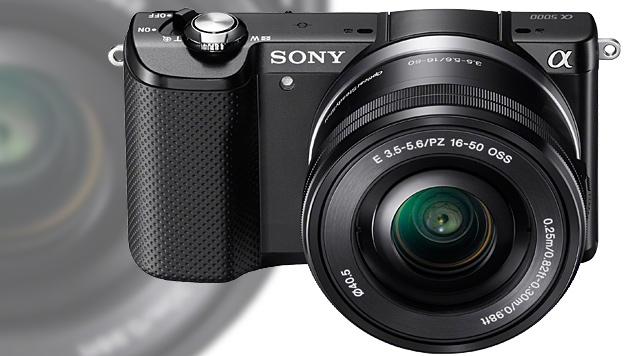 Sony stellt Systemkamera für die Hosentasche vor (Bild: Sony, krone.at-Grafik)