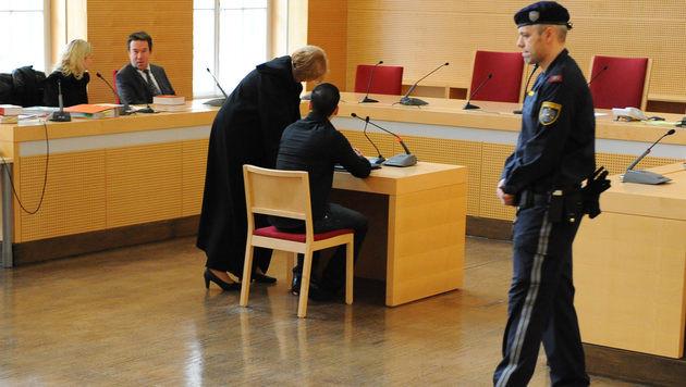 Freundin fast zu Tode gewürgt: Neun Jahre Haft (Bild: Markus Wenzel)
