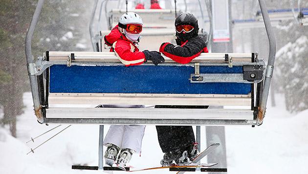 Wie die Kälte auf der Piste keine Chance hat (Bild: thinkstockphotos.de)