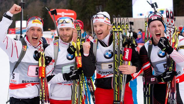 Österreichs Herren-Staffel siegt in Ruhpolding (Bild: APA/dpa/Sven Hoppe)