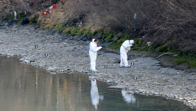 Mordfall Lucile: Handyhülle in Tatortnähe entdeckt (Bild: APA/ZOOM-TIROL)
