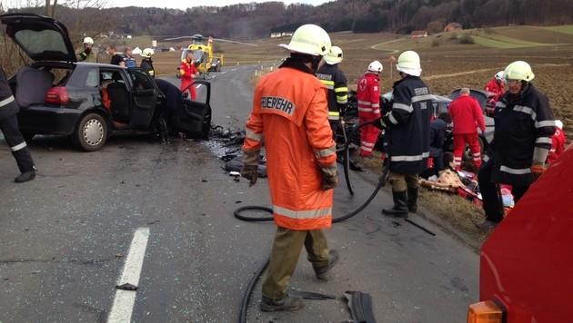 Drei Tote bei zwei Verkehrsunfällen in der Stmk (Bild: APA/FF Feiting)