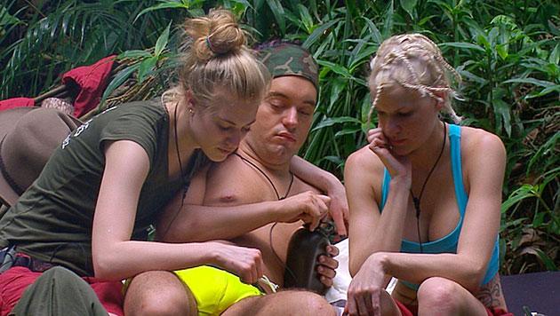 Tag 5: Larissa trinkt nur Buschhirsch-Sperma (Bild: RTL/Stefan Menne)