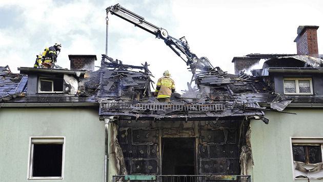 65-jährige Frau stirbt bei Wohnungsbrand in OÖ (Bild: APA/MANFRED FESL)