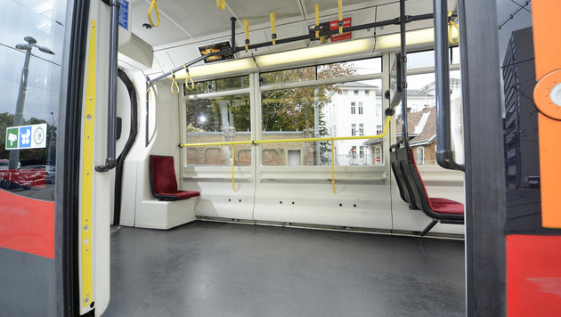 Künftig weniger Sitzplätze in Wiener Straßenbahnen (Bild: APA/WIENER LINIEN/ZINNER)