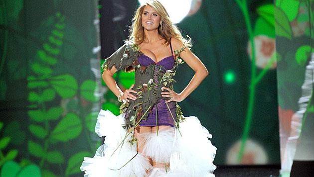 Heidi Klums Tochter trägt bereits High Heels (Bild: EPA)