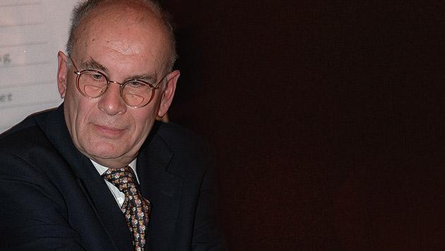 """Lieben Sie Klassik?"" - Kritikerpapst Löbl ist tot (Bild: APA, krone.at-Grafik)"