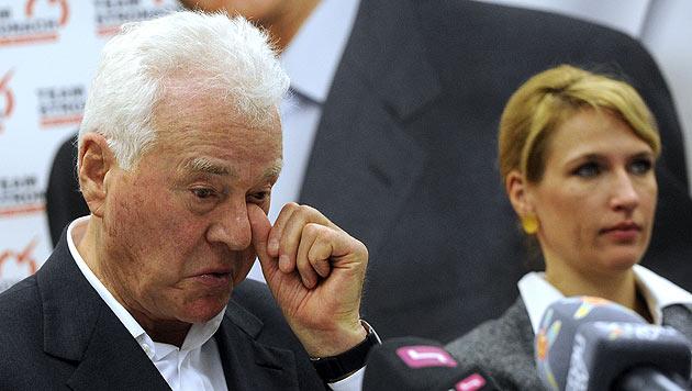Stronach gibt NR-Mandat ab, bleibt aber Parteichef (Bild: APA/Herbert Pfarrhofer)