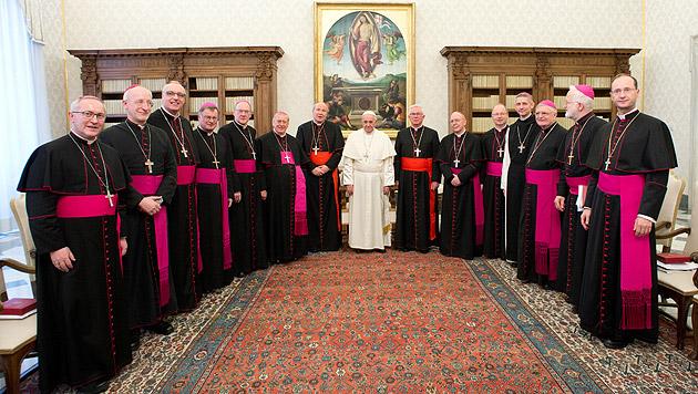 """Bischöfe bei Franziskus: """"Ermutigend, aufbauend"""" (Bild: AP)"""