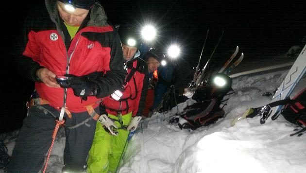 OÖ: Snowboarder stürzte rund 20 Meter in Doline (Bild: Bergrettung Obertraun)