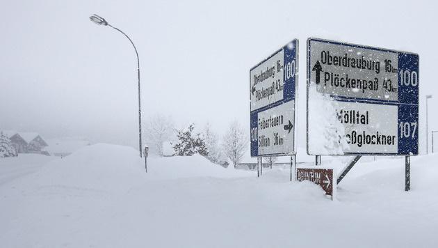 Winterchaos im Süden fordert mehrere Todesopfer (Bild: APA/EXPA/JOHANN GRODER)