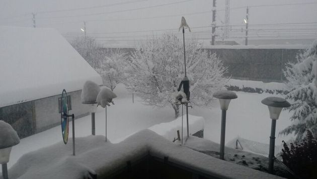 Winterchaos im Süden fordert mehrere Todesopfer (Bild: Scoopshot/Tamara Agaton)