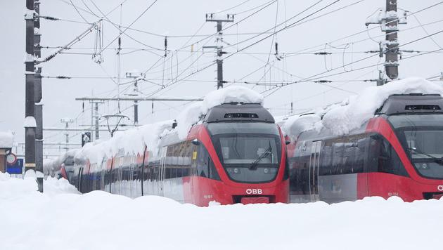 Schneemassen halten Österreichs Süden in Atem (Bild: APA/EXPA/JFK)
