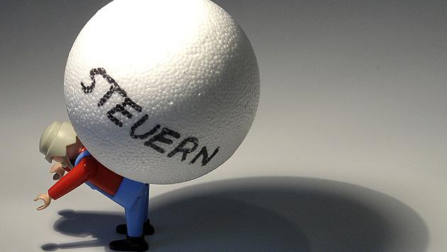 Steuereinnahmen 2013 leicht unter Plan (Bild: APA/HELMUT FOHRINGER)