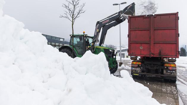 Lawinenlage entspannter ++ Probleme durch Eisregen (Bild: APA/EXPA/JOHANN GRODER)