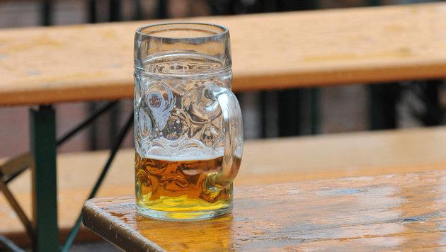 Grazer wegen drei nicht bezahlter Bier angeklagt (Bild: dpa/Andreas Gebert)