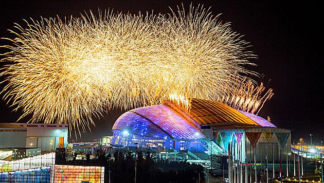 Olympische Spiele in Sotschi feierlich eröffnet (Bild: APA/EPA/HANNIBAL HANSCHKE)