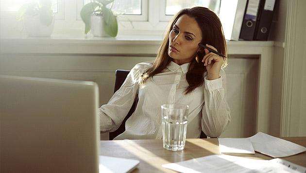 Mitarbeiter klagen zunehmend über Schattenseiten (Bild: thinkstockphotos.de)