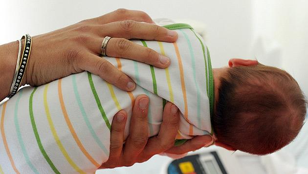 2013 brachte Österreich einen winzigen Babyboom (Bild: dpa/Caroline Seidel)